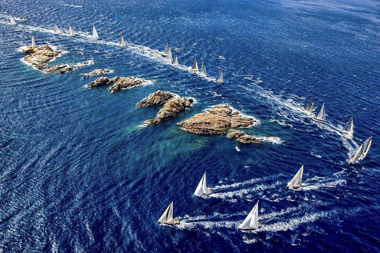 Яхт клуб Коста смеральда