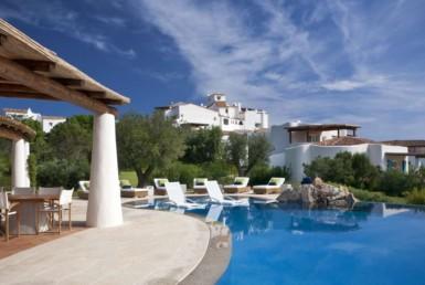 Villa-Zaffiro-Hotel Romazzino-italiforyou (2)
