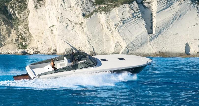 Аренда моторной яхты на Сардинии: Itama 40