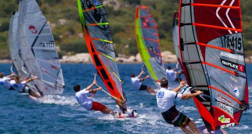 Сёрфинг, виндсёрфинг, кайтсёрфинг на Сардинии
