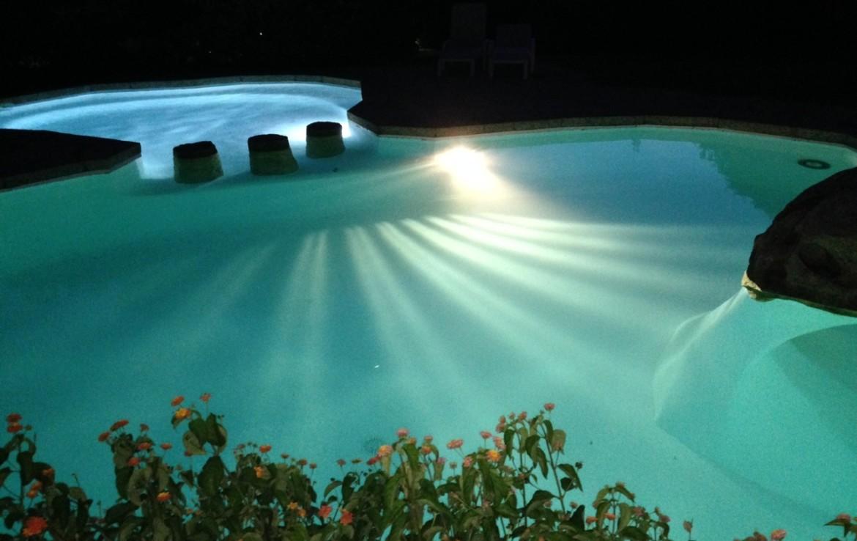 foto pool 1 JPG