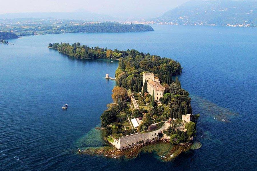 Svadba na ville borgese ostrov Garda (16)