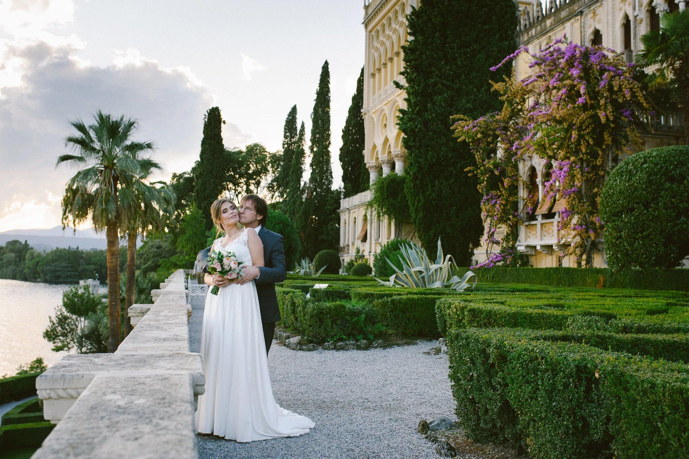 Svadba na ville borgese ostrov Garda (17)
