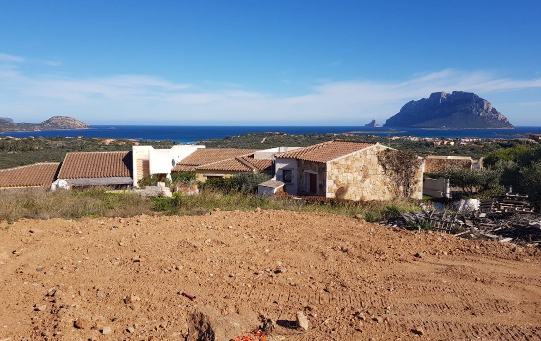 villa-futurauna-v-porto-san-paolo-sardiniya (6)